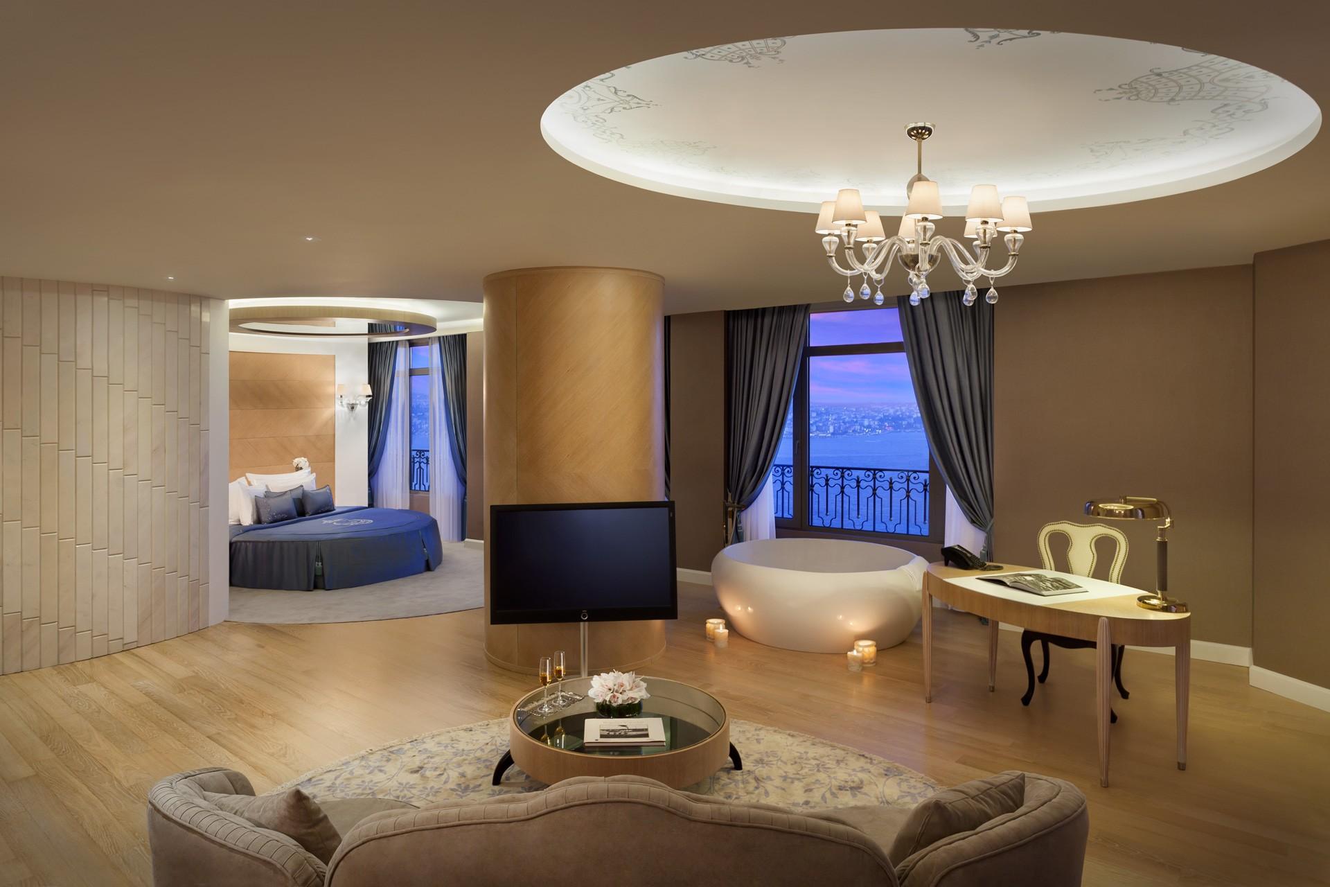 Park Bosphorus Istanbul | Corner Suite