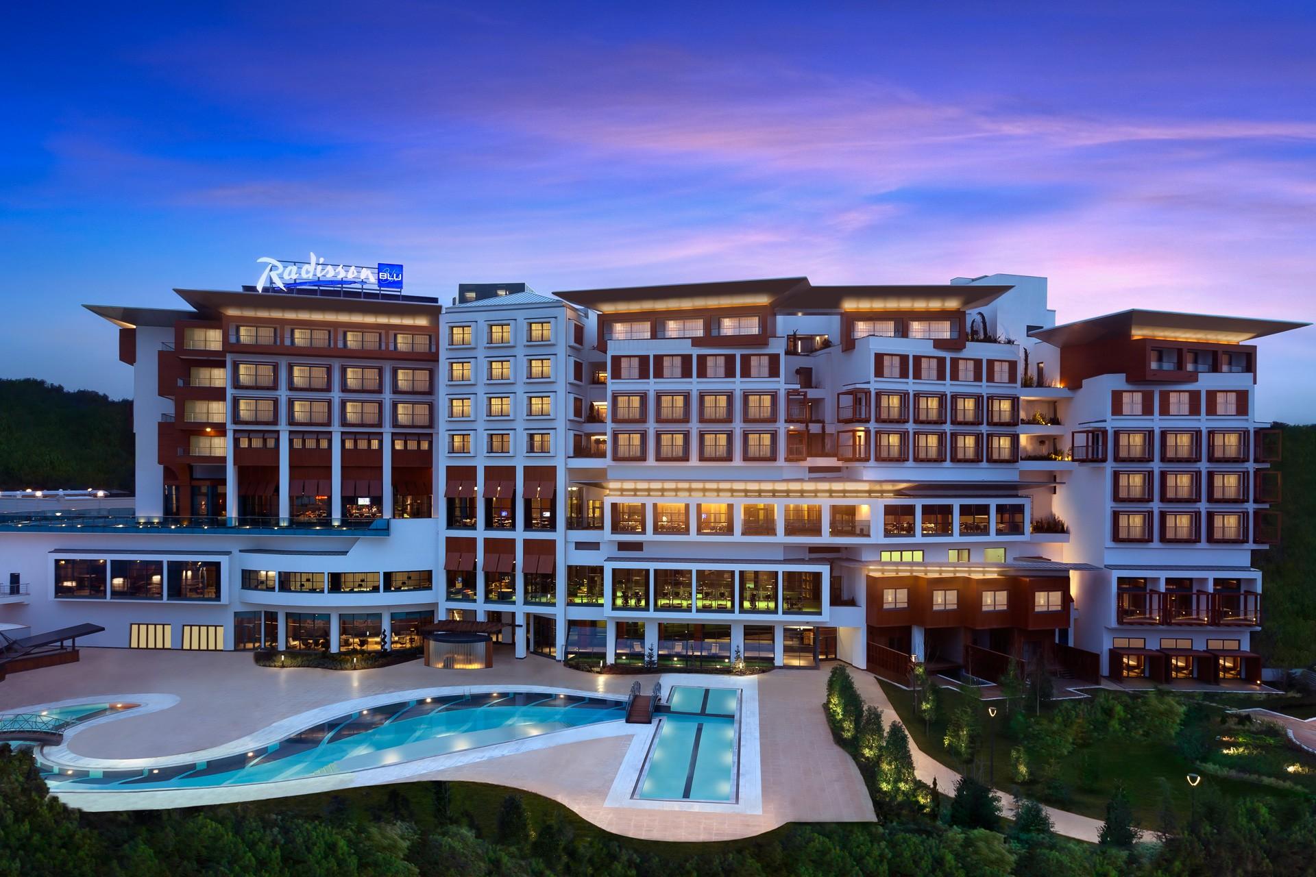 Radisson Blu Hotel Tuzla | Exterior View
